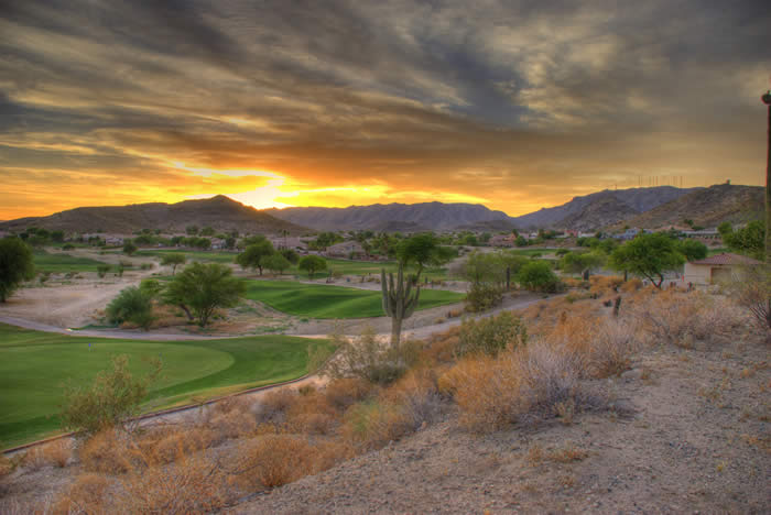"""Foothills Golf Course Sunset"" by neepster is liccensed under CC BY 2.0"