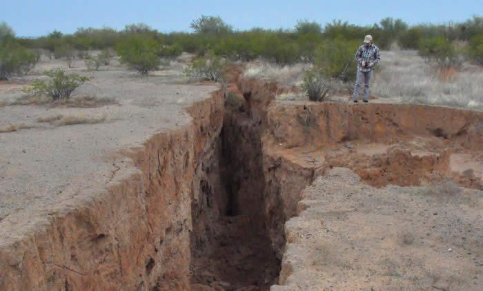 Earth Fissure